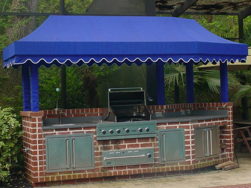 Outdoor-Kitchen-Canopy